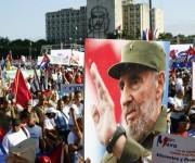 El desfile estuvo dedicado al 90 cumpleanos del Comandante. Foto: José Raúl Concepción/ Cubadebate.