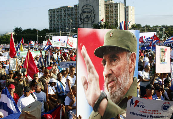 Por Cuba, siempre con Fidel