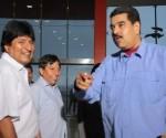 Maduro recibió a Evo en el Aeropuerto de Maiquetía tras arribar a Venezuela procedente de Cuba, 21 de mayo de 2016. Foto: Prensa Presidencial de Venezuela.