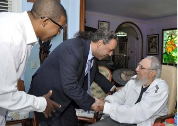 Fidel Castro recibe al Presidente de la Asociación de Comités Olímpicos Nacionales (+ Fotos)