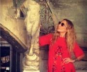 """""""Flipando con cada rincón que veo en La Habana"""", escribió la cantante en sus redes sociales."""