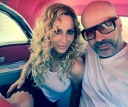 Marta Sánchez junto al productor venezolano-estadounidense, Andrés Levín. Foto: Andrés Levín/ Facebook.
