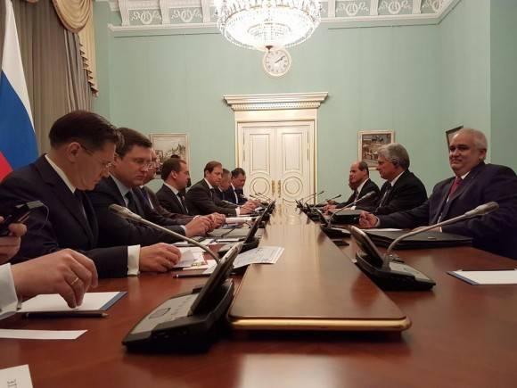 Medvedev y Díaz-Canel hacen balance positivo a las relaciones entre Rusia y Cuba en reunión sostenida esta tarde. Foto: Cuenta en Twitter de Rogelio Sierra, Viceministro de Relaciones Exteriores de Cuba