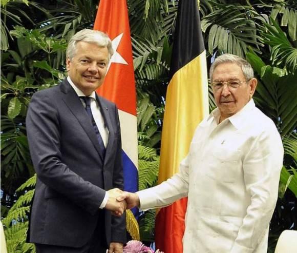 Raúl y el Canciller y Viceprimer Ministro belga. Foto: Estudio Revolución
