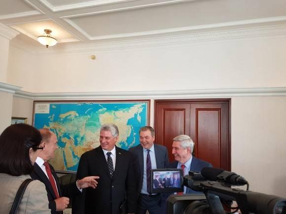 Recibe Secretario del Partido Comunista Ruso, Guennadi Ziuáanov a P. Vicepdte cubano Miguel Díaz-Canel. Foto: Cuenta en Twitter de Rogelio Sierra, Viceministro de Relaciones Exteriores de Cuba
