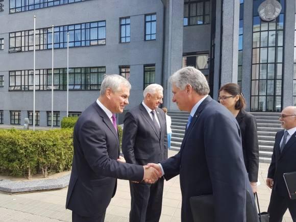 El Primer Vicepresidente cubano fue recibido por las máximas autoridades parlamentarias de Belarús. Foto: Cuenta en Twitter de Rogelio Sierra, Viceministro de Relaciones Exteriores