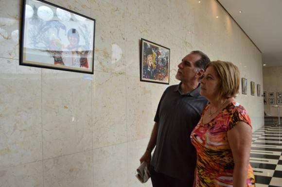 René y Olguita en la expo. Foto: Marianela Dufflar / Cubadebate
