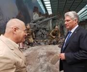 Vicepdte cubano Díaz-Canel visita Museo de la Gran Guerra Patria en Moscú.  Foto: Cuenta en Twitter de Rogelio Sierra, Viceministro del MINREX