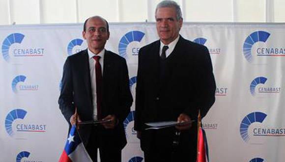Cuba y Chile rubricaron un memorando para cooperar en temas de salud. Foto: Prensa Latina.