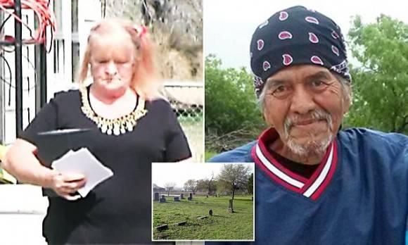 Dorothy Barreras con las cenizas de su esposo Pedro (derecha). Foto: Texas Tribune