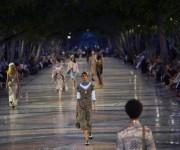 Modelos en el Paseo del Prado. Foto: Ramón Espinosa/ AP