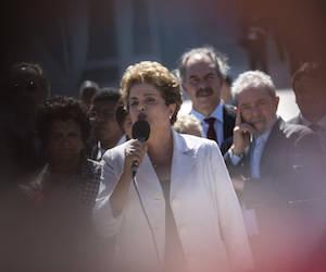 Dilma y Lula hoy en Brasilia. Foto: Felipe Dana/ AP