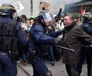 Franceses protestan contra reforma laboral. Foto: AFP.