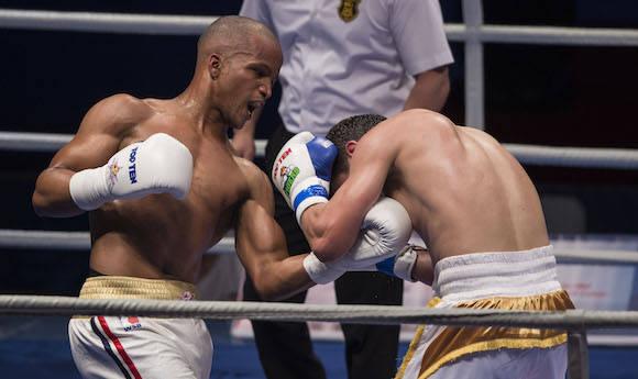 69 kg Roniel Iglesias derroto al Uzbeko Makhmud Galpov. Foto: Ismael Francisco/Cubadebate.