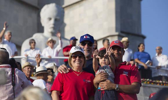 Desfile del Primero de Mayo en La Habana, Cuba. Foto: Ismael Francisco/ Cubadebate