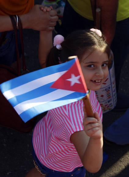 Alegría infantil en el Primero de Mayo. Foto. José Raúl Concepcion7 Cubadebate.