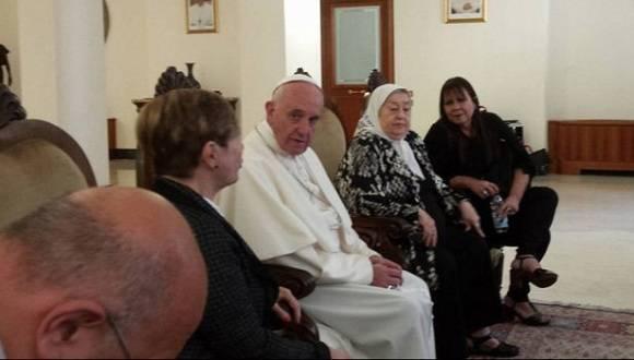Hebe de Bonafini en reunión privada con el Papa Francisco. Foto: @PrensaMadres.