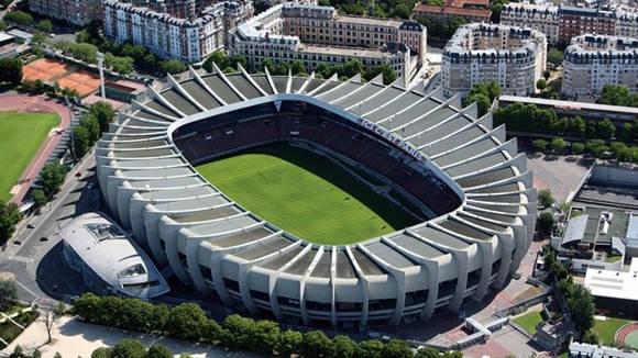 Sede de cuatro partidos en la fase de grupos y uno en octavos. Capacidad: 48 712 espectadores.
