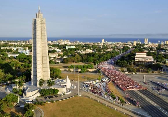 La Plaza de la Revolución, este Primero de Mayo. Foto: Roberto Garaicoa/ Cubadebate