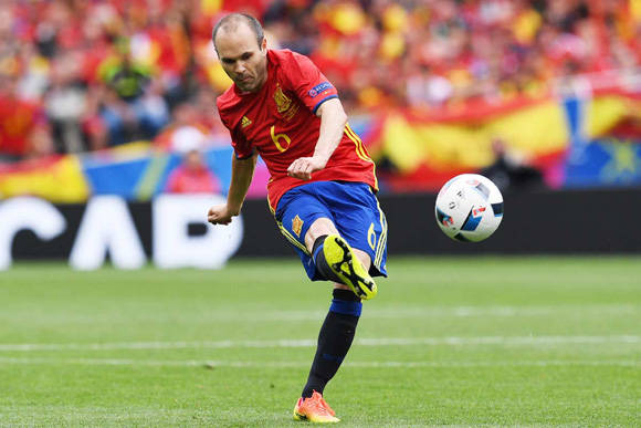 Iniesta se queda fuera del primer once ideal. Foto: David Ramos/ Getty Images.