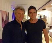 Jon Bon Jovi y David Blanco en La Habana. Foto: Sitio en Facebook de David Blanco