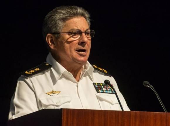 Designado el vicealmirante Julio César Gandarilla como nuevo ministro del Interior