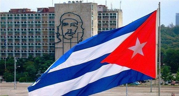 El Che en la Plaza de la Revolución. Foto: Archivo.