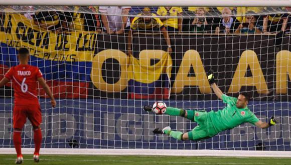 Ospina detuvo un penal y perú lanzó otro por alto. Foto tomada de Marca.