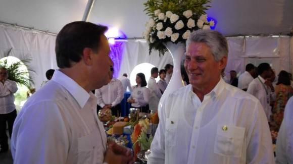 Díaz Canel y el Presidente de Panamá tras la inauguración del Canal de Panamá ampliado.