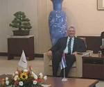 Diaz Canel durante encuentro con Primer ministro de Japón Shizo Abe. Foto: PL