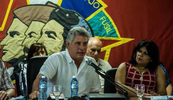 Convoca primer vicepresidente cubano en Pleno de la UJC a vencer el colonialismo cultural