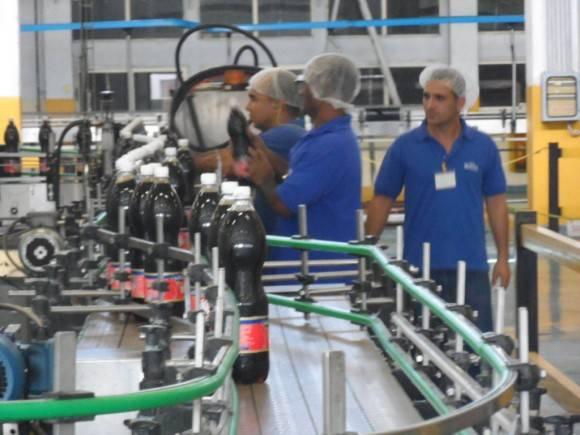 Fábrica de Refrescos Los Portales, en Pinar del Río. Foto: Trabajadores