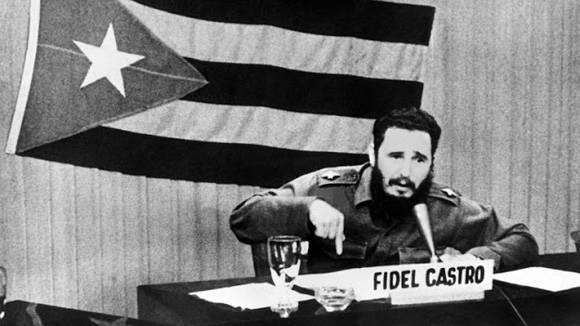 Considera Díaz-Canel a Palabras a los intelectuales como guía de la revolución cultural (+ Tuit)