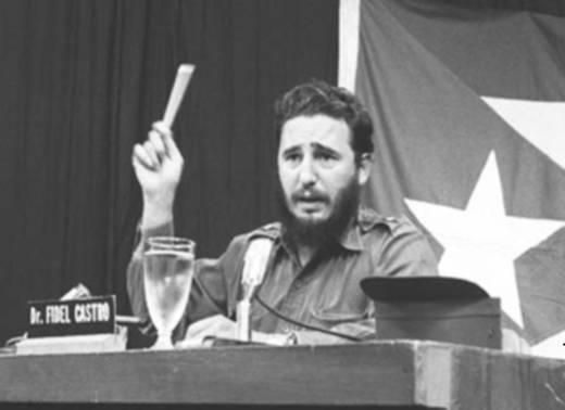 """Fidel Castro durante el discurso conocido como """"Palabras a los intelectuales""""."""