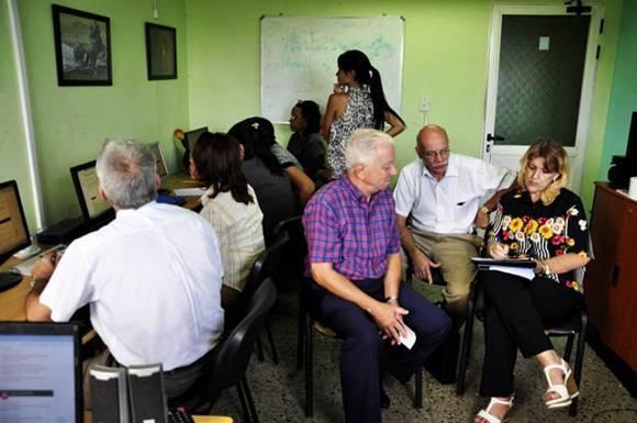 Foro debate sobre banca cubana 1