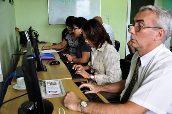 Foro debate sobre banca cubana 4