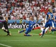 Islandia derrotó a Inglaterra en octavos de final y fue un tema viral en esos días por su gran hazaña. Foto: UEFA.