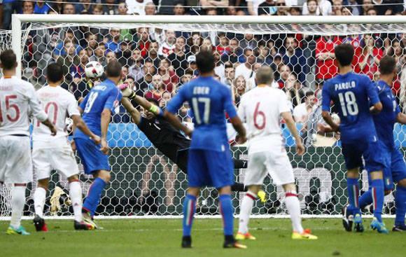 Italia eliminó a España tras derrotarla 1-0. Foto: Reuters.