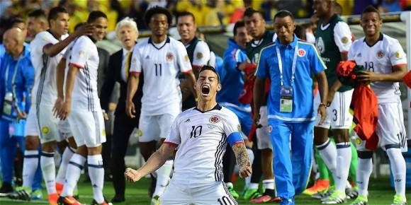 James Rodríguez celebra el triunfo. Foto: AFP