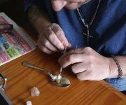 Las drogas pueden aumentar varias veces su precio inicial al venderse en las calles de Estados Unidos. Foto: Getty.