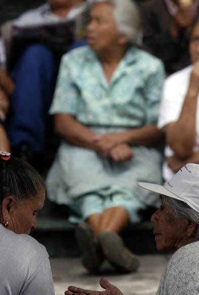 Entre el 4 y 6 por ciento de adultos mayores son víctimas de maltrato. Las mujeres ancianas son las que peor maltrato reciben. Foto: EFE.