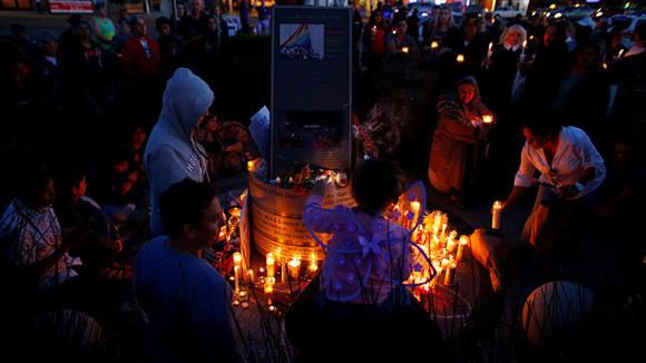 Es el tiroteo masivo que más víctimas ha dejado. Foto:  Mike Blake/ Reuters.