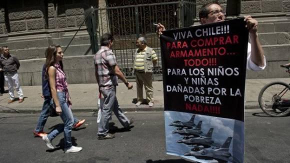 Pese a ser un país de ingresos altos, la desigualdad persiste en Chile. Foto: Getty.