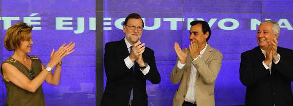 Mariano Rajoy (centro izq.), dice que no renunciará a la presidencia, mientras el PSOE declara que no le apoyará. Foto: Juan Manuel Prats/ El Periódico.