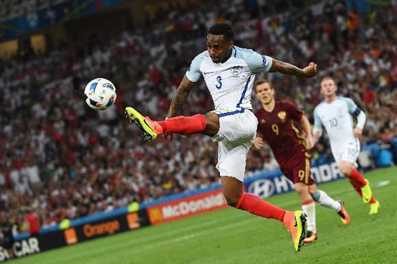 Rose llegó con mucho peligro por la izquierda, pero no bastó para la victoria. Foto: Reuters.