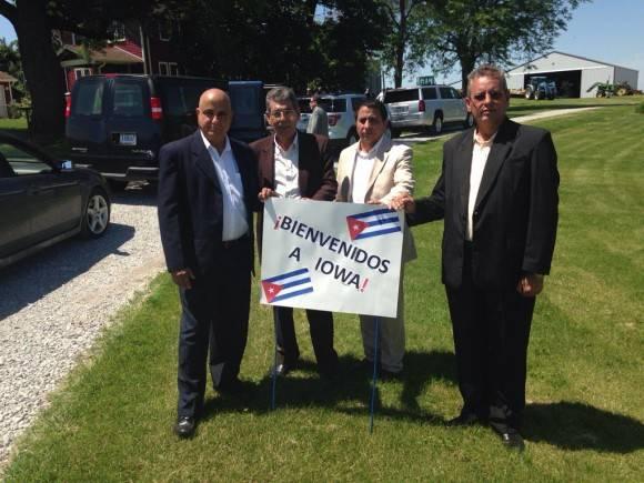 Thanks Iowa!! Foto: Cuenta de Twitter de José Ramón Cabañas, Embajador de Cuba en EE.UU