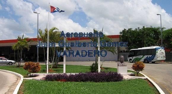 Exteriores del Aeropuerto Internacional de Varadero.