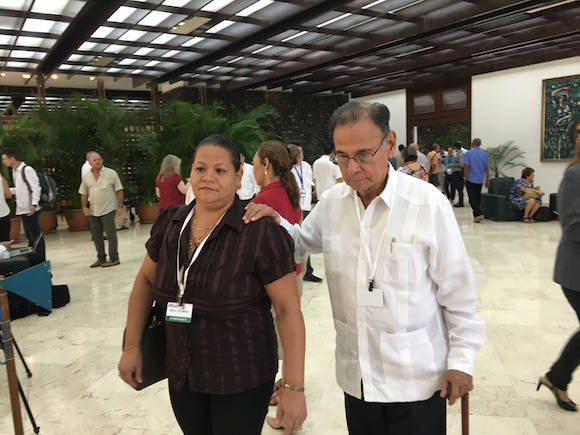 Alí Rodríguez Araque en el Salón de Protocolo de El Laguito.