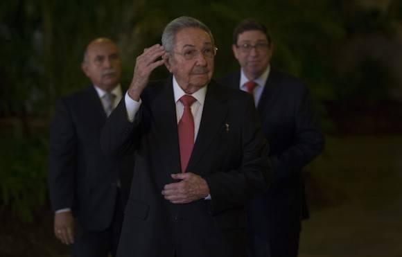Raúl da la bienvenida a delegaciones que asisten a VII Cumbre de la AEC