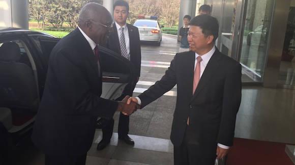 Salvador Valdés Mesa, fue recibido hoy por el jefe del Departamento Internacional del Comité Central del Partido Comunista de China (PCCH), Song Tao,